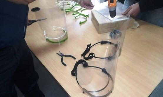 Tunisie – Les élèves ingénieurs de Sousse réalisent des masques de protection médicale