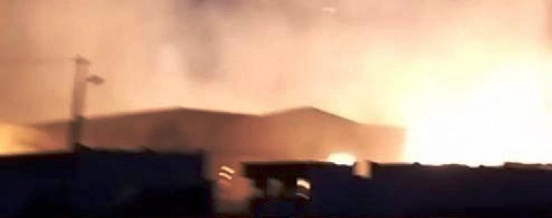 Tunisie – L'incendie de l'usine d'Enfidha menace les maisons voisines