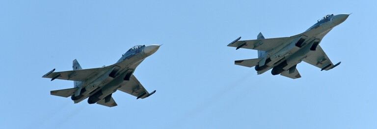 L'armée de l'air russe intercepte des bombardiers américains au dessus de la mer noire