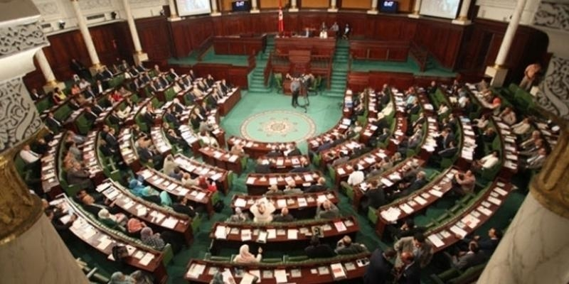 Hichem Ajbouni : Les signatures de la motion pour le retrait de confiance à Ghanouchi dépassent les 73