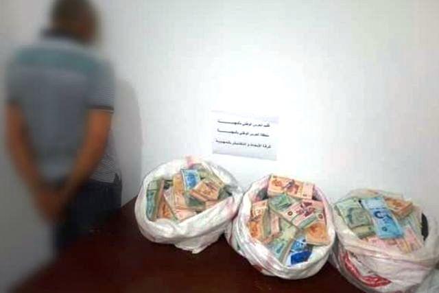 Tunisie – Mahdia: Arrestation d'un passeur et saisie d'une grosse somme d'argent