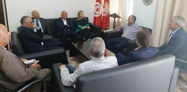 Tunisie – Tabboubi reçoit des personnalités politiques porteuses d'une initiative de salut national