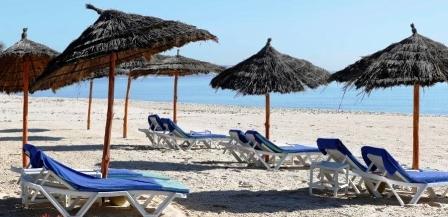 Tunisie – Les professionnels du tourisme en sit-in devant le palais de La Kasbah