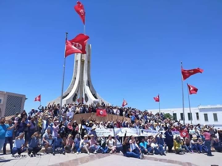 Tunisie: Les docteurs sans-emplois appellent à boycotter les contrats précaires et les heures de vacation