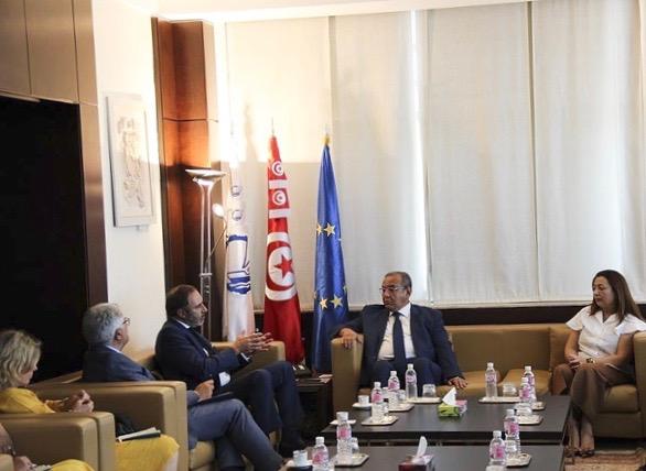 Tunisie: L'ambassadeur de l'Union européenne en visite de courtoisie à l'UTICA à l'occasion de la fin de ses fonctions