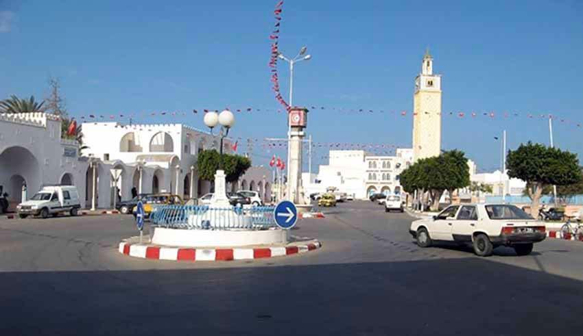 """Tunisie: Municipalité de Zarzis: Les proches de fonctionnaires  ont été """"dispensés"""" de taxes"""