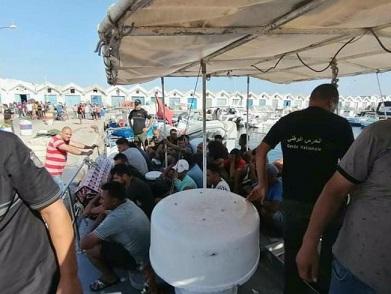 Tunisie: Repêchage du corps d'un migrant clandestin et 13 autre secourus au large de Mahdia