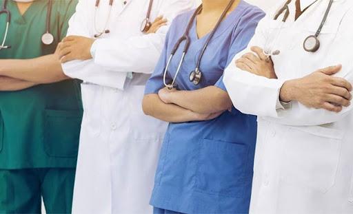 Tunisie: 450 personnes infectées par le Coronavirus parmi le personnel médical et paramédical