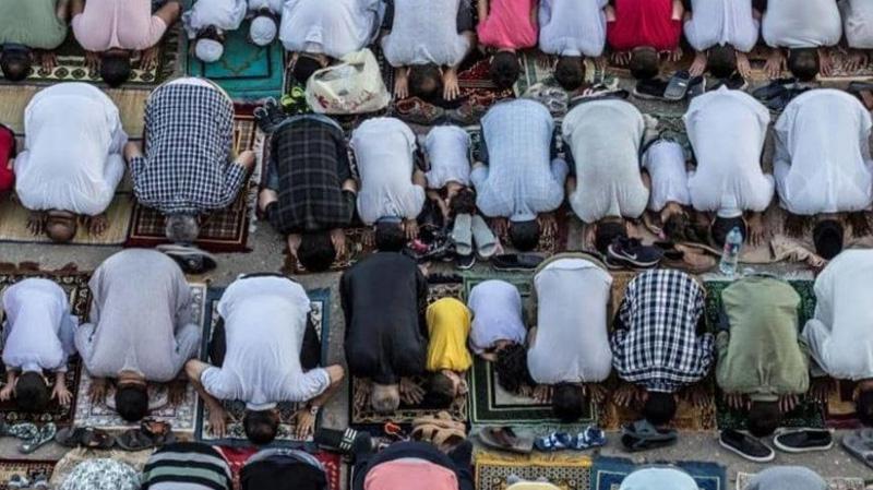 Tunisie : Des personnes faisant leur prière à la mosquée à Kasserine agressées : Le ministère des Affaires religieuses précise