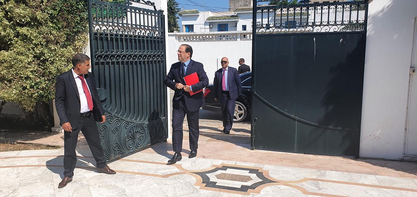 Tunisie: Youssef Chahed arrive à Dar Dhiafa [photos]