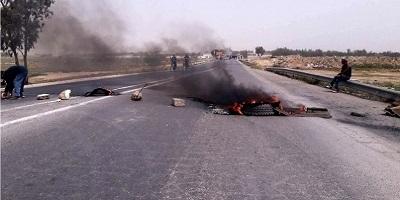 Tunisie: Fermeture de la route reliant Tataouine à Médenine en protestation contre les coupures d'eau
