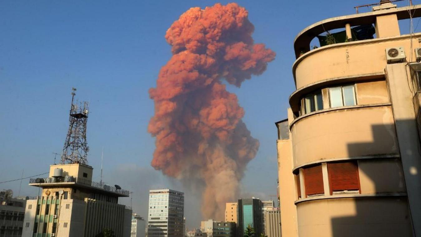 VIDÉOS - Impressionnantes explosions dans le port de Beyrouth