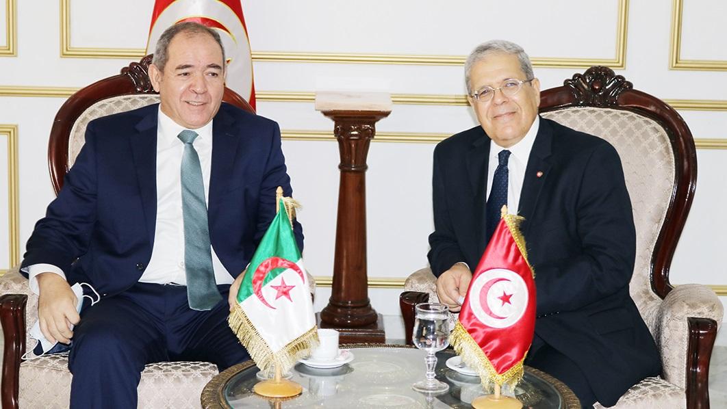 Le ministre des Affaires étrangères algérien en visite en Tunisie