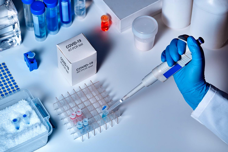 """Pourquoi les touristes français venant en Tunisie et optant pour la formule """"voyage à forfait"""" sont-t-ils exempts des tests PCR ?"""