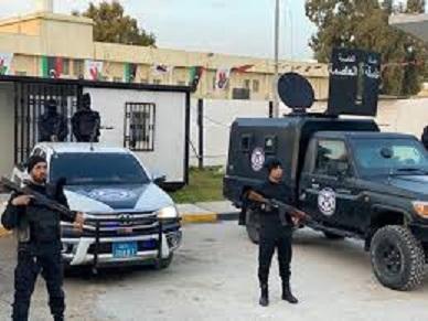 Libye: Une patrouille sécuritaire visée par un attentat suicide à Tripoli