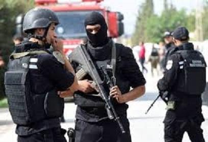 Tunisie: Les terroristes sont passés au stade de l'usage du poignard et de l'empoisonnement, selon Hossam Jebabli