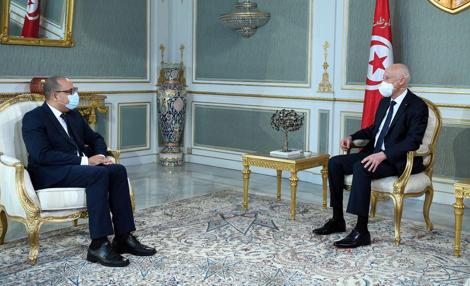 Tunisie – Les écoles et la santé au centre d'un entretien Saïed – Mechichi