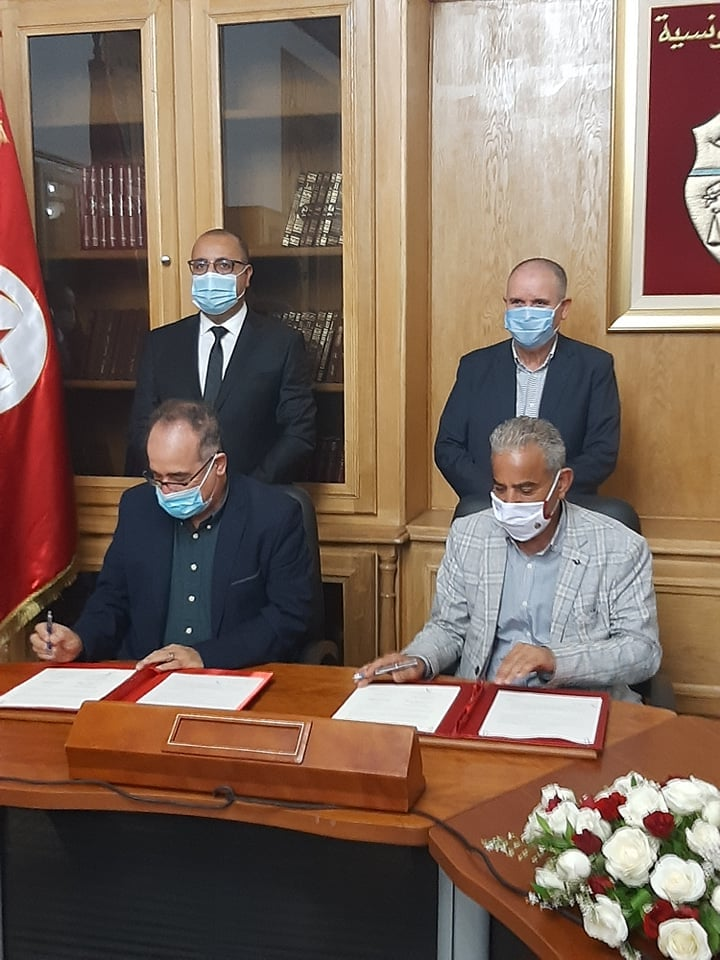 Tunisie: Régularisation de la situation des ouvriers de chantiers