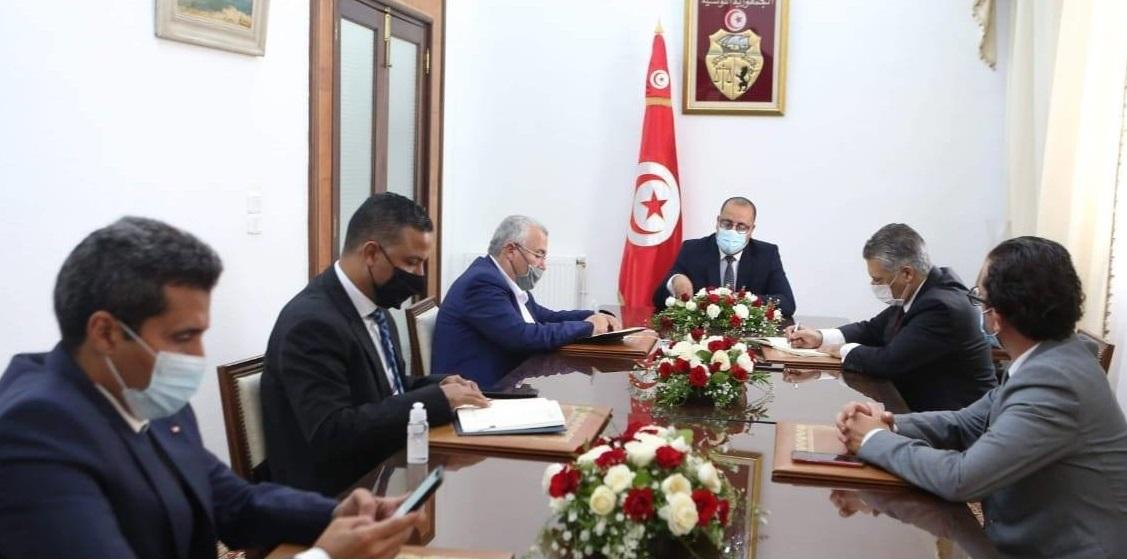 Tunisie: Le Chef du gouvernement reçoit des représentants d'Ennahdha, Qalb Tounes et Al Karama
