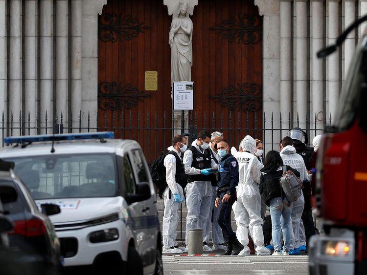 Attentat de Nice: Qui est Brahim Aouissaoui, l'auteur présumé de l'attaque