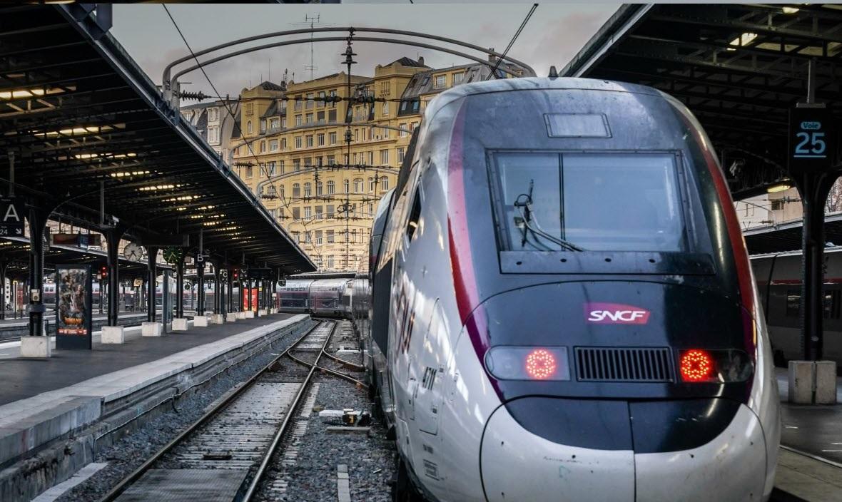 France: Une femme menace de se faire exploser dans une gare lyonnaise