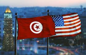 Tunisie : Le chef du Pentagone signe à Tunis un accord de coopération militaire