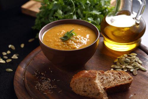 Recette : Soupe d'hiver aux lentilles à la sfaxienne (Tbikha)
