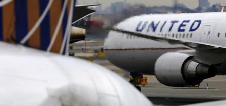 Un bal d'avions américains démarre pour la distribution de millions de doses de vaccin anti covid