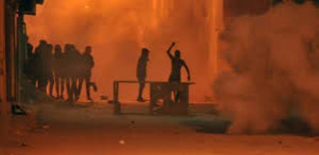 Tunisie – VIDEO : Nuit blanche et situation explosive à Jelma… Qu'y a-t-il derrière?