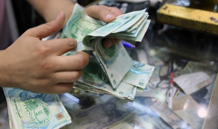 Tunisie-Coronavirus [PHOTOS] : Signature d'une décision de décaissement d'une subvention de 200 dinars
