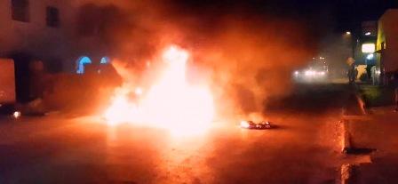 Tunisie – DENIERE MINUTE: Affrontement entre la police et des jeunes à Sidi Hassine et Zahrouni