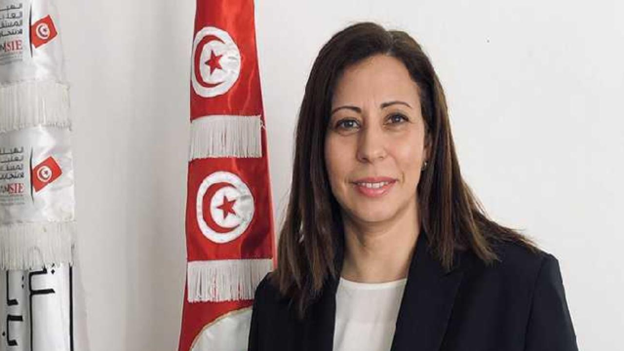 Hasna Ben Slimane: La libération de Nabil karoui n'est pas une décision politique [Audio]
