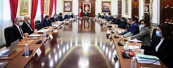 Tunisie – Les deux ministres-boulets aux chevilles de Mechichi