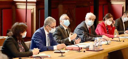 L'ambassadeur de Tunisie à Paris copréside une réunion du groupe interparlementaire d'amitié tuniso-français au Sénat