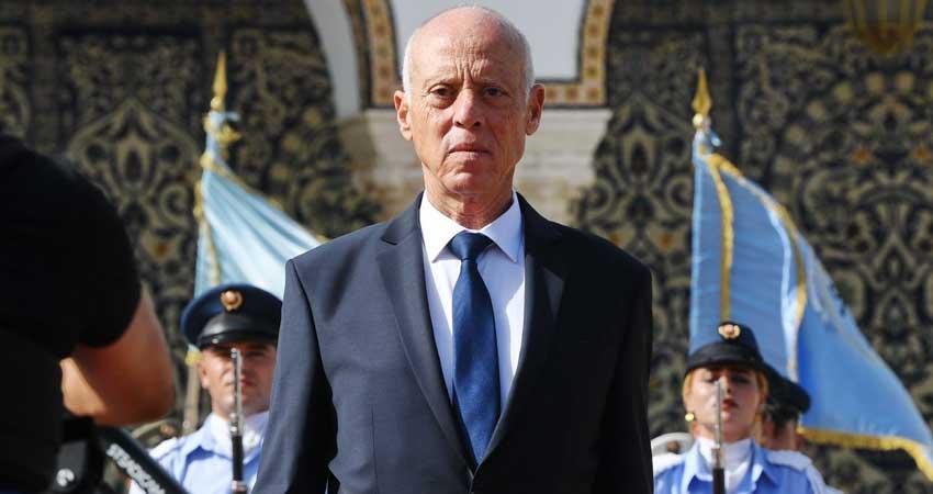 """Tunisie: Kais Saied, commandant suprême des forces armées """"militaires et sécuritaires"""": La foire aux arguments"""