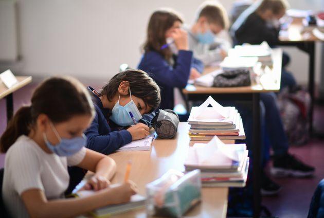 Tunisie : Le nombre de contaminations en milieu scolaire s'élève à 8015