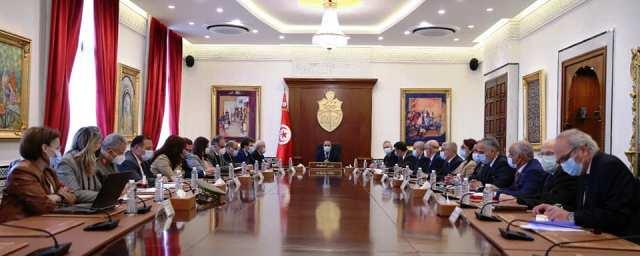 Tunisie – Ils ont choisi de boucler le pays plutôt que de toucher aux sujets qui fâchent