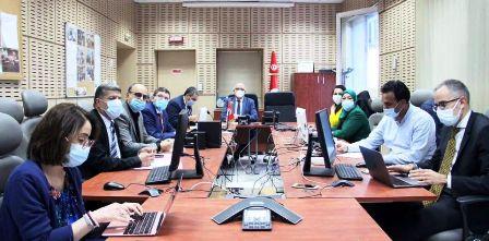 Tunisie – L'image du jour : Qui a eu l'idée d'installer une fenêtre dans le Shoc Room du ministère de la santé?