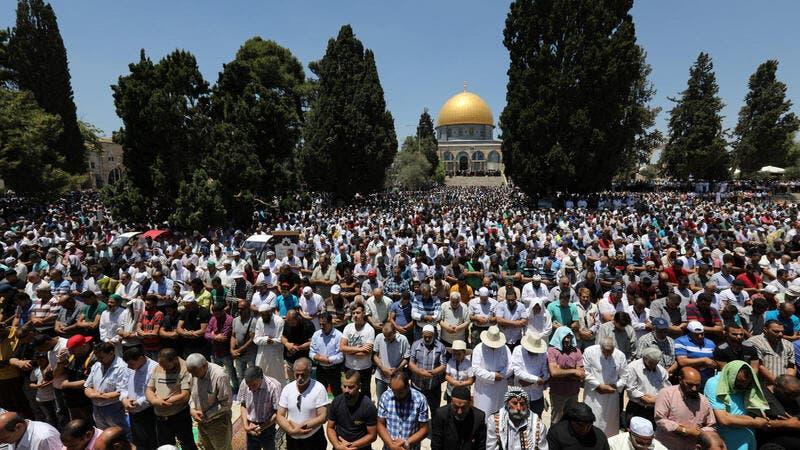 Jérusalem: Le premier jour du Ramadan, Israël a fermé les haut-parleurs des minarets d'Al-Aqsa