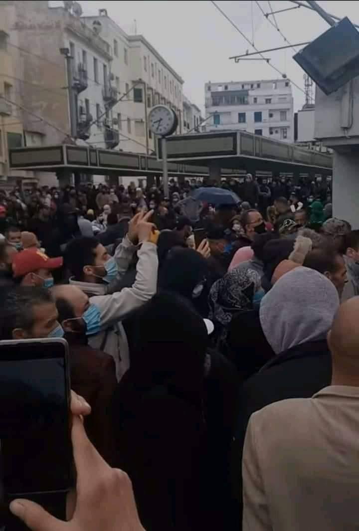 Tunis- Photo du jour: La station de la République ce matin