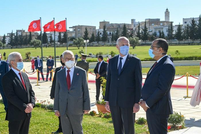 Tunisie- Couvre-feu à 19H: Kais Saied marque encore des points