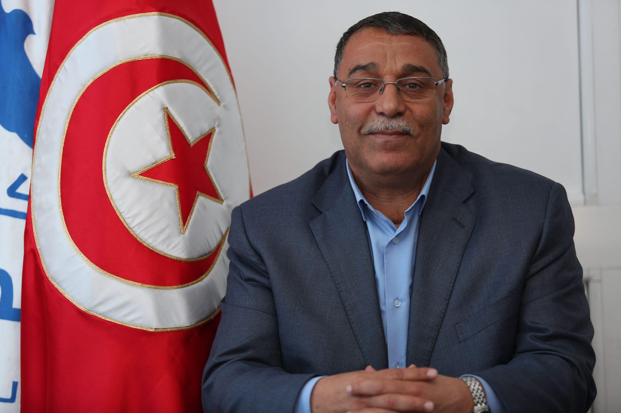Les partisans d'Ennahdha ont-ils empeché Abdelhamid Jelassi de donner des déclarations aux médias?