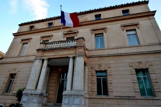 Tunisie-Ambassade de France en Tunisie: Conditions d'entrée sur le territoire tunisien