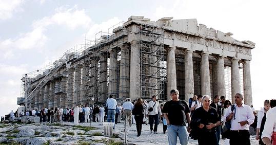 Fin de crise en Grèce: Déconfinement et lancement de la saison touristique