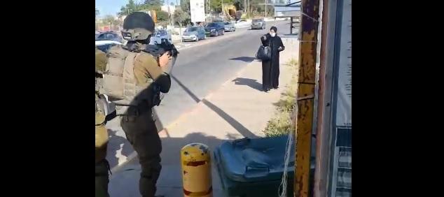 Tunisie – VIDEO: L'armée israélienne tire sur une femme palestinienne âgée