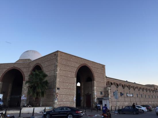 Tunisie-Sfax: Suspension du gardien du marché aux poissons Bab Jebli pour cette raison
