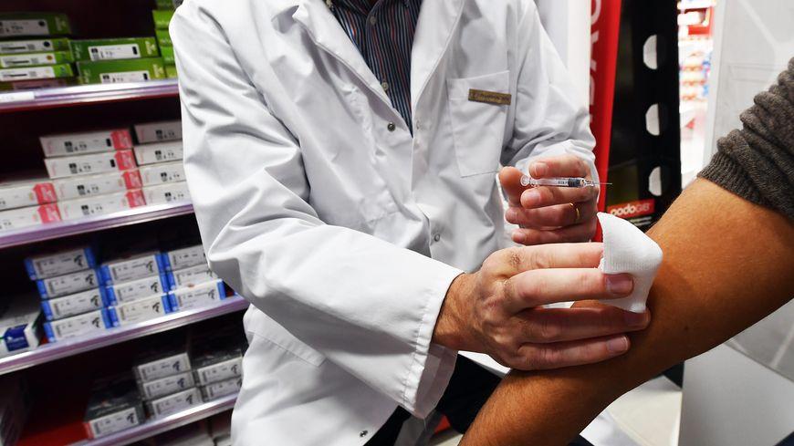 Syndicat des pharmaciens: Les 40 ans et plus réticents à ce vaccin anti-COVID 19