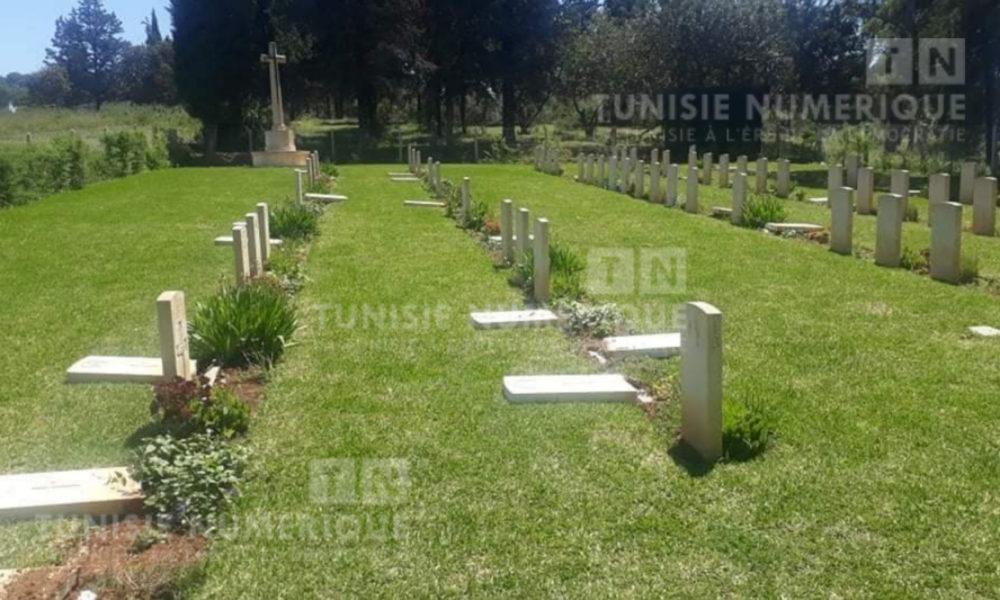 Béja- Scandaleux [PHOTOS]: Vandalisme de tombes au cimetière du Commonwealth