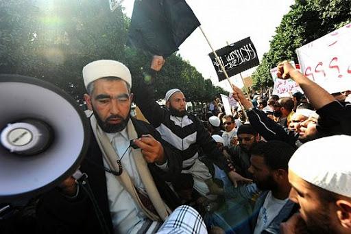 Éphéméride – 10 juin 2012 : Le « Printemps des arts plastiques » attaqué par des salafistes au palais Abdellia à la Marsa