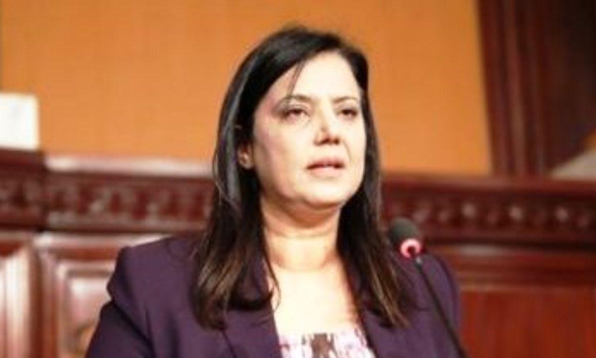 Tunisie: Samira Chaouachi accuse Abir Moussi d'avoir agressé la ministre de l'Enseignement Supérieur